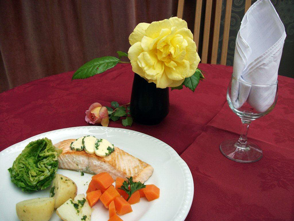 Longbridge Deverill Nursing Home offers a wonderful dining experience